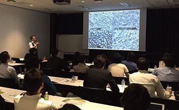 院長清水がストローマンジャパンでおこなわれたセミナーの講師を務めました。